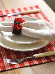 christmas napkin rings table linens 16 awesome diy napkin rings for christmas shelterness