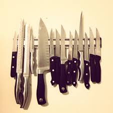 Uses Of Kitchen Knives by Chefs U0027 Secret Tricks Of Buying Restaurant Kitchen Knife The