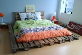 Platform Bed Ideas Diy Easy To Install Pallet Platform Bed 101 Pallet Ideas