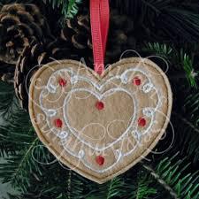 in the hoop ornaments sewamykins
