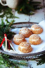gingerbread mousse cream puff u2013 dessert recipe for christmas party