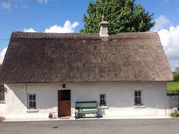 Northern Ireland Cottage Rentals by Traditional Thatch Roof Holiday Cottages Ireland Self Catering