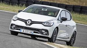 renault clio interior 2017 review the updated renault clio 220 trophy top gear