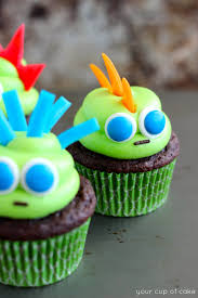 Halloween Decorations For Cakes by Easy Halloween Cupcake Ideas Your Cup Of Cake
