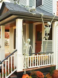 porch decorating ideas outdoor halloween decorating with skeletons