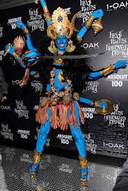 heidi klum u0027s 13 best halloween costumes through the years photos