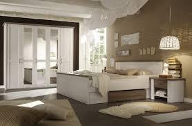 schlafzimmer wnde farblich gestalten braun haus renovierung mit modernem innenarchitektur geräumiges