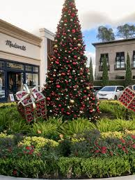 october christmas comes to highland village swamplot