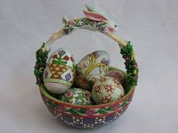 jim shore easter baskets 32 best jim shore figurines images on jim o rourke