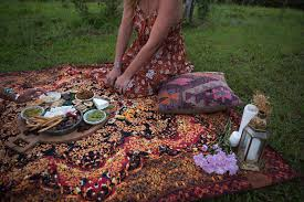 Picnic Rugs Melbourne The Byron Set Wandering Folk U2013 Spell U0026 The Gypsy Collective