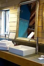 chambres d hotes à troyes le jardin de la cathédrale chambres d hôtes à troyes l atelier