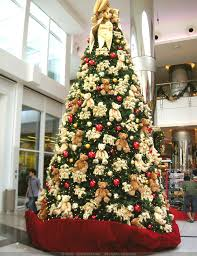 impressive decorated christmas tree pictures 35 christmas tree