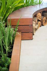 Curved Modular Outdoor Seating by Best 25 Curved Outdoor Benches Ideas On Pinterest Gardening
