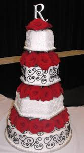 pretty red and black wedding cake would want it to be purple and