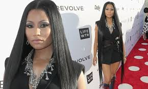 pattison hair extensions nicki minaj shows hair extensions in la daily