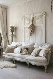 White Shabby Chic Bedroom by Best 20 Shabby Chic Sofa Ideas On Pinterest Shabby Chic Couch