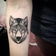 forearm of a polygon wolf by saruzi artist