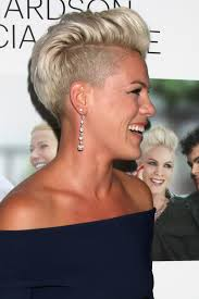 pink short hair how to p nk u0027s pretty pompadour playing dress up