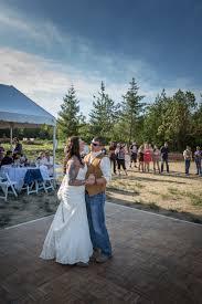 amy u0026 paul u2013 a backyard wedding in seabeck wa firstlight