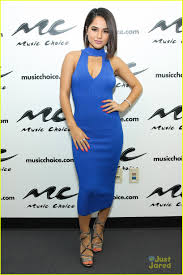 becky dress becky g rocks eye popping blue dress for vevo mayores party