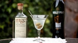 extra dry martini recipe classic dry martini melbourne cocktails