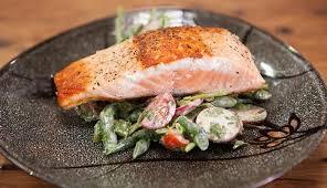 salmon u0026 green bean salad with tahini dressing good chef bad chef
