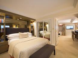 King Size Bed Height Dimensions King Size Endearing Extra King Size Bed Dimensions Super Hotel