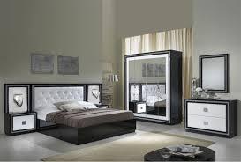 chambre a coucher blanc laqué chambre a coucher blanc et noir maison design hosnya com