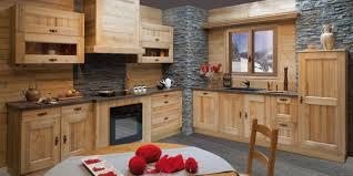 cuisine bois rustique cuisine en bois rustique idées décoration intérieure