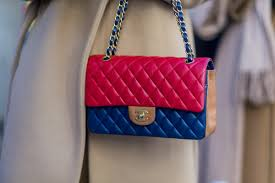 why the new u0027it u0027 handbag for 2017 is no bag at all