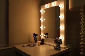 Bedroom Vanity Mirror With Lights Makeup Vanity Mirror With Light Bulbs Mugeek Vidalondon Wall