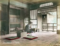 Traditional Japanese Bedroom - old photos of japan woman in room 1890s