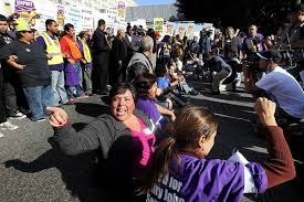 labor march ties up traffic near lax on busy getaway day latimes