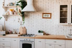 how to clean kitchen cabinets before moving in how to clean an apartment before moving out evolution