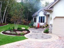 landscape design studios front yard