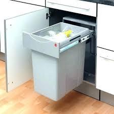 poubelle cuisine encastrable dans plan de travail poubelle de cuisine integree poubelle pour cuisine poubelle cuisine