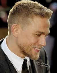 how to get thecharlie hunnam haircut the 25 best charlie hunnam haircut ideas on pinterest jax