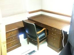 what is a desk return l shaped desk government auctions blog governmentauctions org r