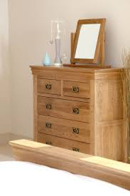 Painted Wooden Bedroom Furniture by Best 25 Oak Furniture Land Ideas On Pinterest Cream Dresser
