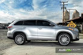 2010 toyota highlander tires toyota highlander silver custom wheels search car ideas