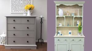 best paint for pine kitchen cupboards how to paint your pine furniture with chalk paint fenchic