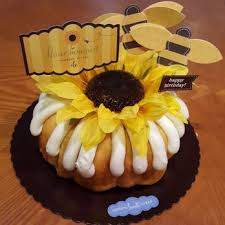 nothing bundt cakes 32 photos u0026 70 reviews desserts 2100