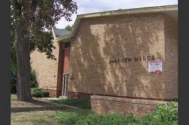 1 Bedroom Apartments In Milwaukee by Parkview Manor Apartments 2200 Washington Avenue Racine Wi