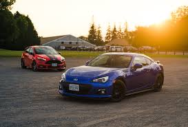 subaru sports car brz 2015 comparison review 2016 subaru brz vs 2015 ford focus st