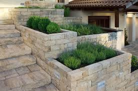 Steine Fur Gartenmauer Siola Kombi Mauern Produkte Terrassenplatten Pflastersteine