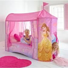 cabane fille chambre lit pour chambre de fille lit original pour aménager une chambre