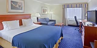 Comfort Inn Yakima Wa Holiday Inn Express Yakima Hotel By Ihg