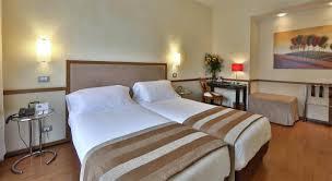 code rome femme de chambre best hotel piccadilly hôtel rome best