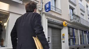 bureau de poste laval trois bureaux de poste vont fermer à laval le courrier de la mayenne
