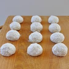 christmas baking memories and snowball cookies food lover u0027s